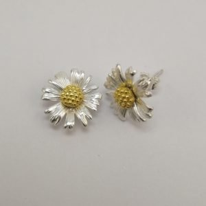 Silver Stud Earrings - Gold Plated Two Tone Daisy