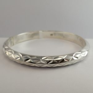 Silver Bangles - 7mm Patterned Hollow Hinged