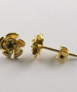 9ct Yellow Gold Flower 14mm Stud Earrings