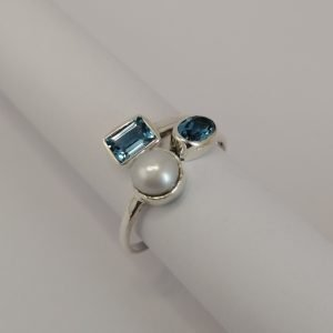 Silver Rings - Freshwater Pearl and Blue Topaz
