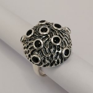 Silver Rings - 3.5mm Tube Set Onyx with Textured Dome