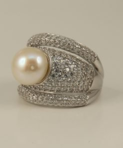 Silver Rings - 8mm Freshwater Cubic Zirconia Encrusted