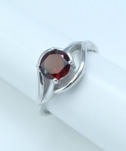 Silver Rings - 6mm Claw Set Garnet Curved