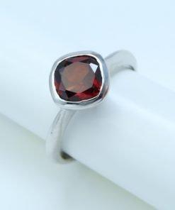 Silver Rings - 7mm Cushion Cut Garnet