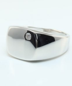 Silver Rings - 11.5mm Cubic Zirconia Gents Signet